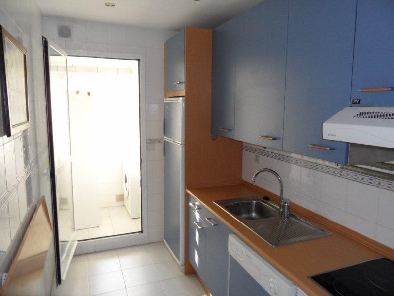 Reformar cocina lavadero y cambiar ventana de sal n - Cambiar encimera cocina ...