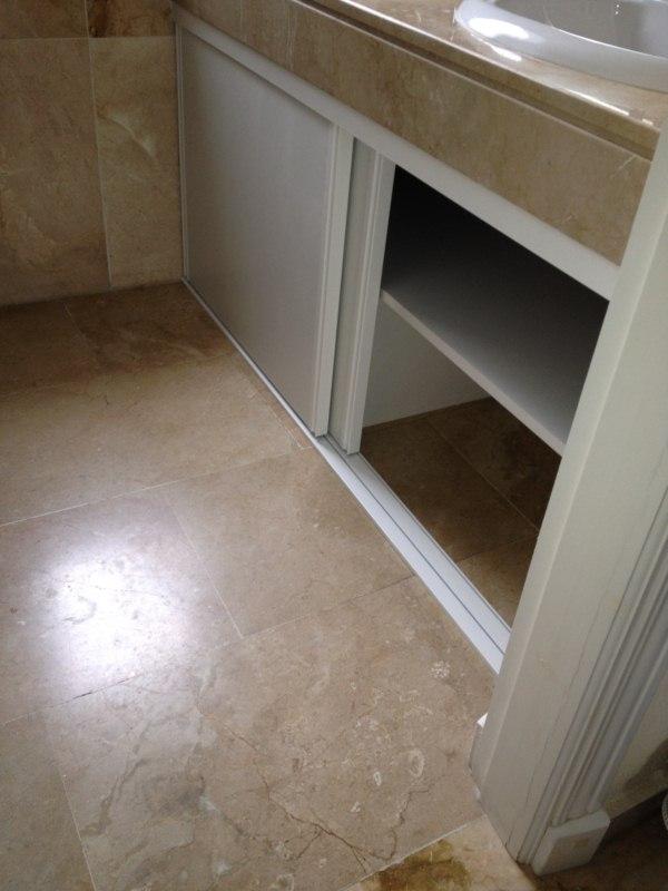 Armario bajo lavabo reformas en - Baldas para bajo lavabo ...