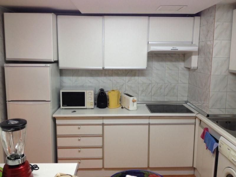 Renovar cocina reformas en marbella y - Renovar muebles cocina ...